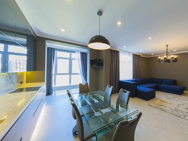 Трехкомнатная квартира на продажу M-30845