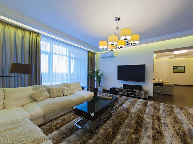 Пятикомнатная квартира в аренду R-1151