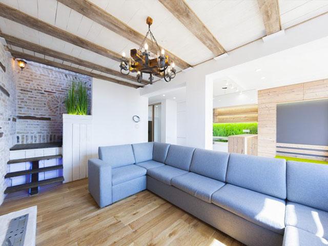 Шестикомнатная квартира в аренду R-2303