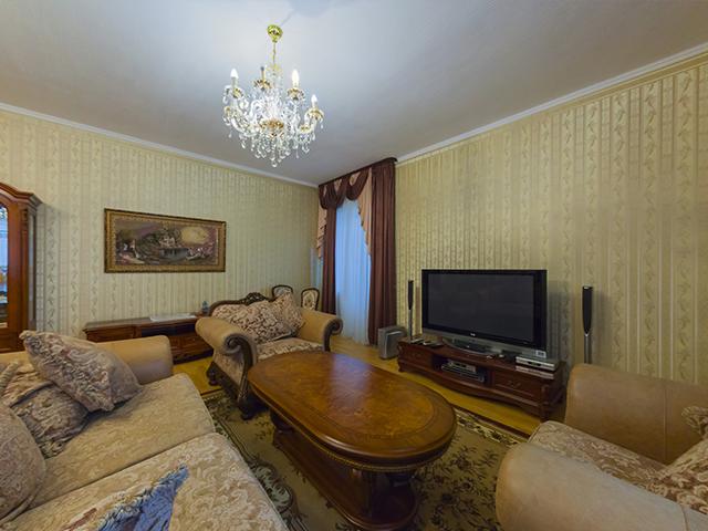 Трехкомнатная квартира в аренду Z-1026097